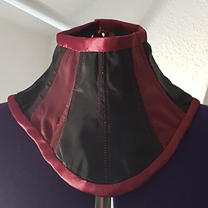 Black and red neck corset based on pattern RAVEN